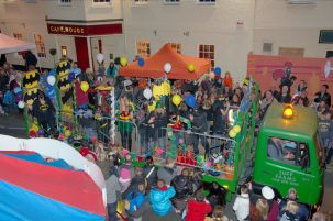 Wokingham Winter Carnival procession